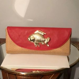 Mudpie Sealife Icon Raton Clutch